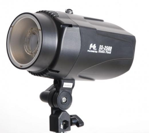 Falcon Eyes Studioblitz SS-250D Nr. FE-290116